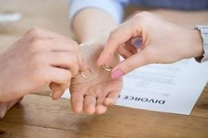 North Aurora uncontested divorce attorney